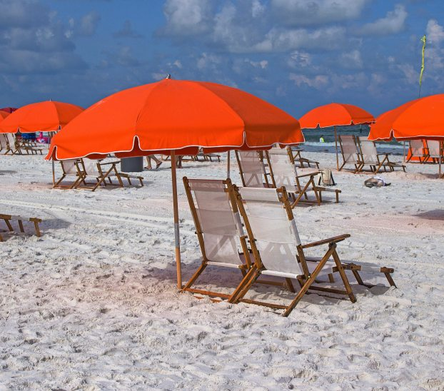 clearwater-beach-umbrella-and-chairs-usa-274001